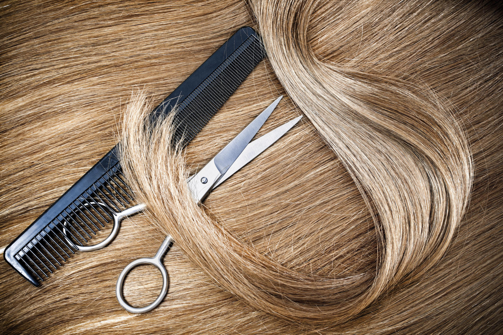 What Are The Benefits Of Professional Hairdressing Scissors?