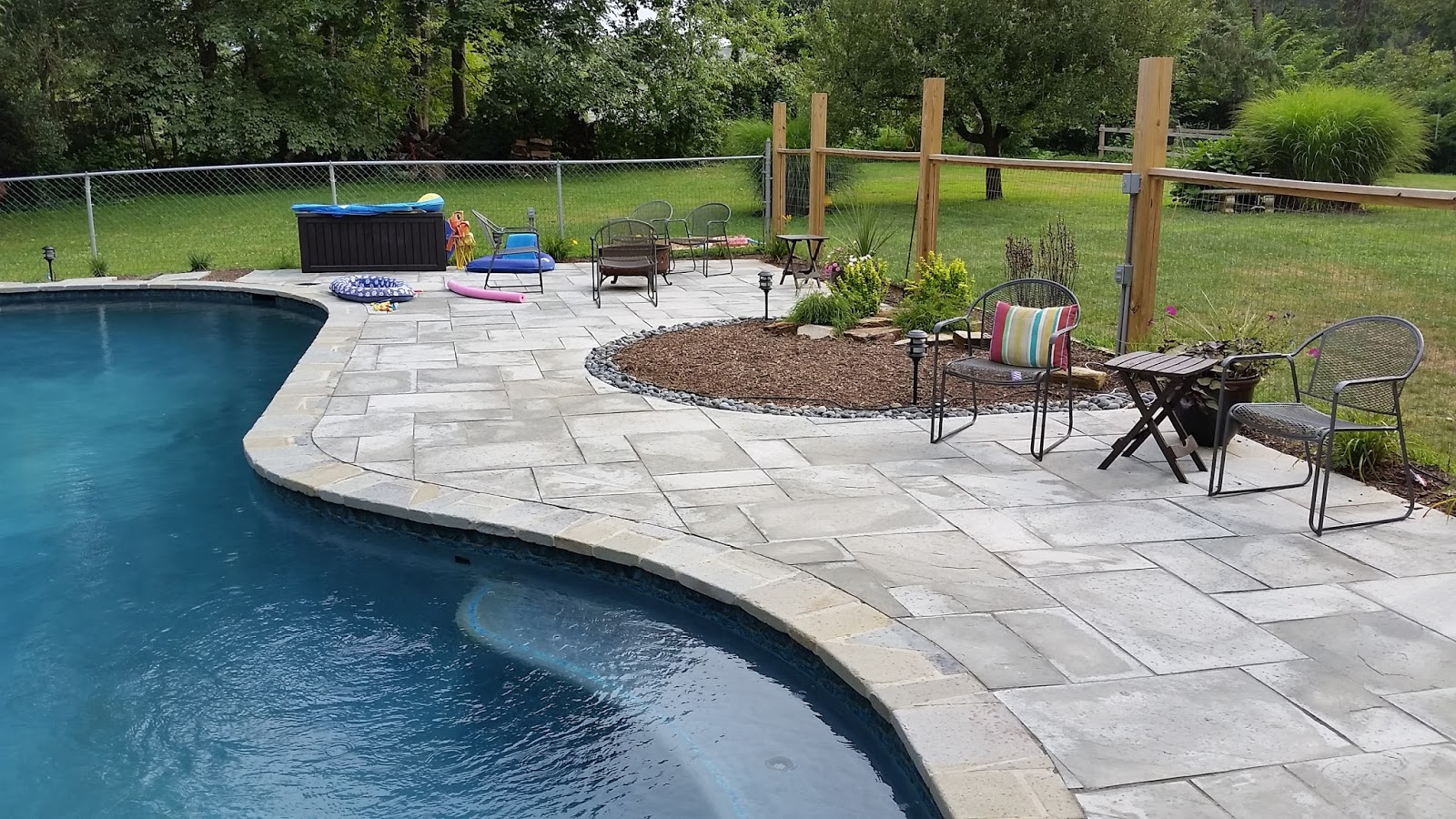 Change the entire look and feel of your pool using pool pavers